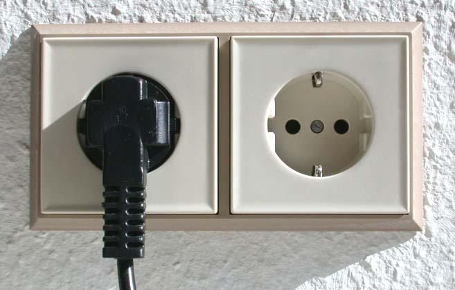 Adattatori per le prese elettriche delle Canarie